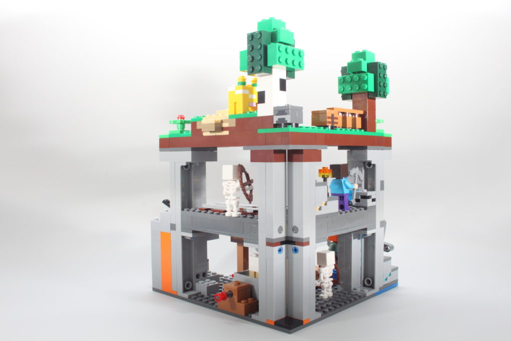 LEGO Minecraft 21169 The First Adventure Review 16