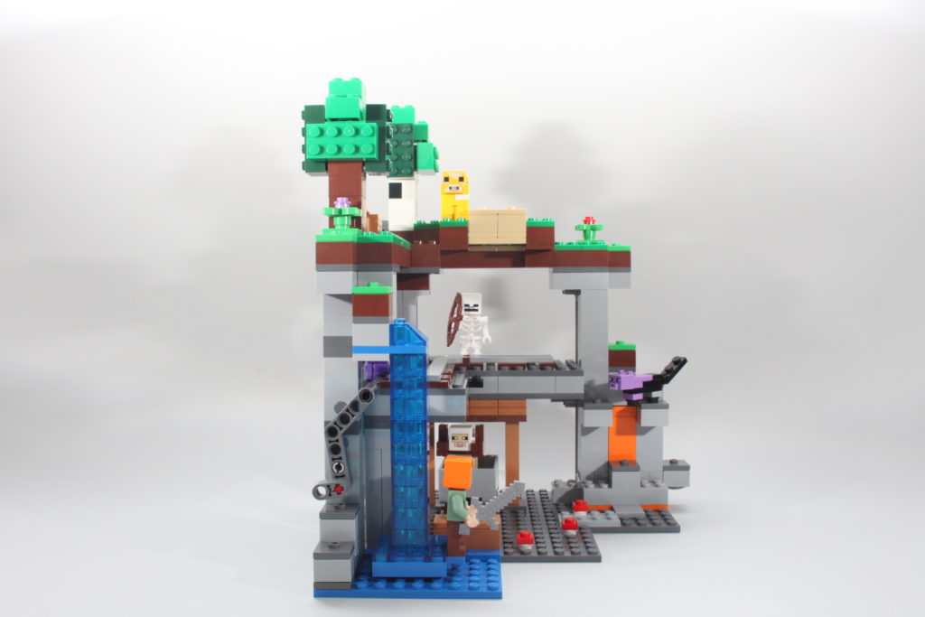 LEGO Minecraft 21169 The First Adventure Review 17