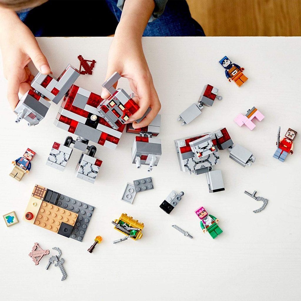 LEGO Minecraft Dungeons 21163 The Redstone Battle 3 1024x1024