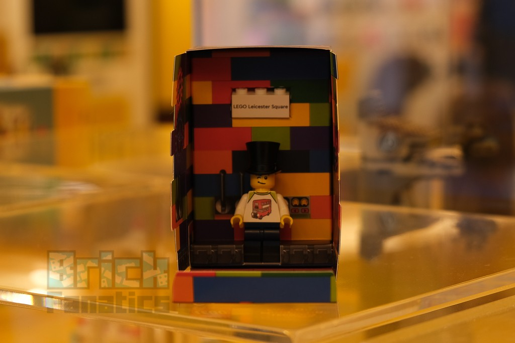 LEGO Minifigure Factory 64