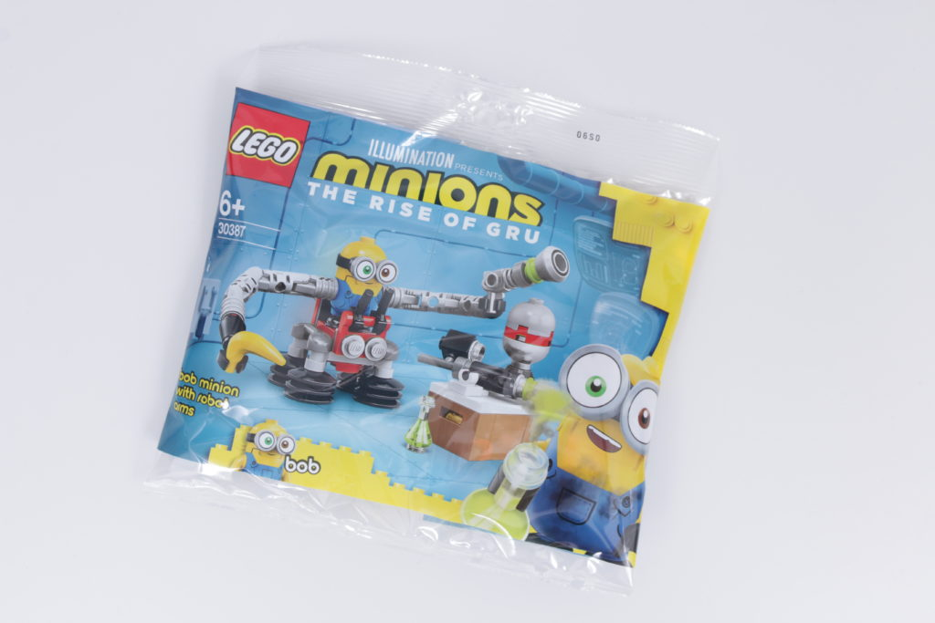 LEGO Minions 30387 Bob Minion with Robot Arms gift with purchase review 1