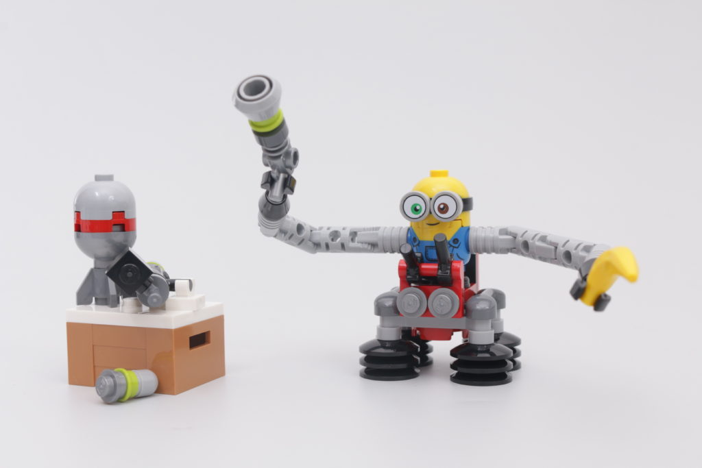 LEGO Minions 30387 Bob Minion with Robot Arms gift with purchase review 2