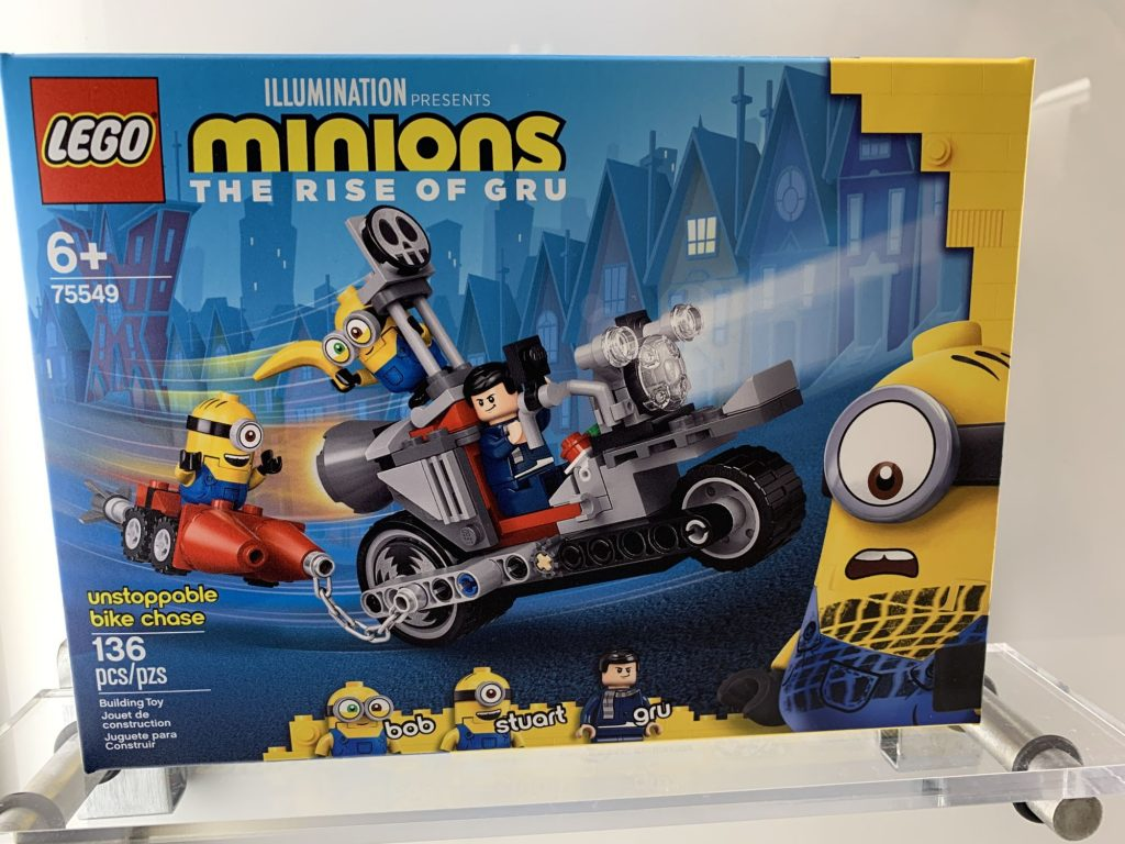 LEGO Minions 75549 Unstoppable Bike Chase 1