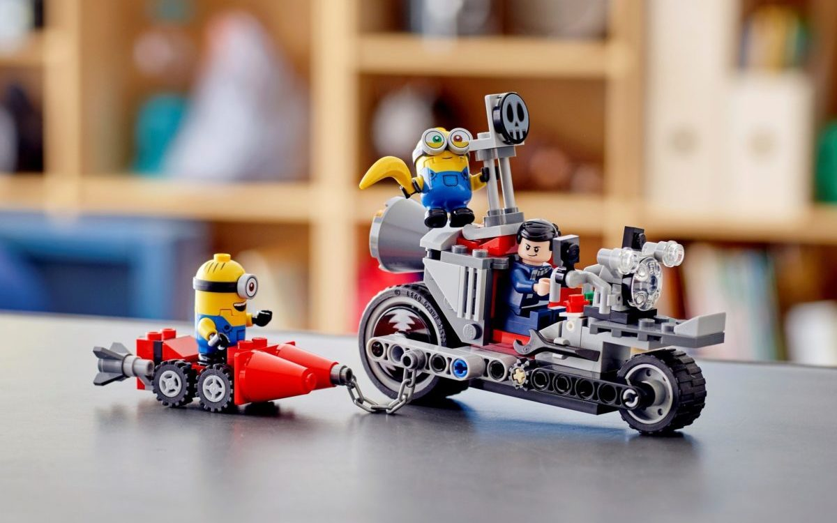 LEGO Minions 75549 Unstoppable Bike Chase edited
