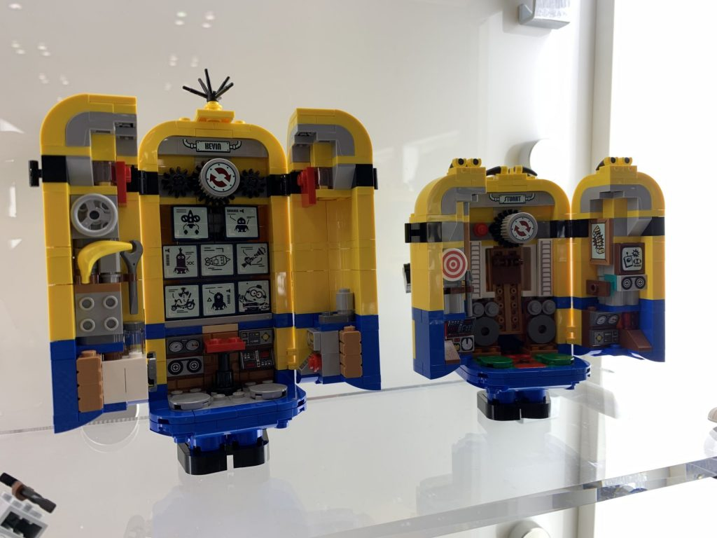 LEGO Minions 75551 Brick Built Minion Sand Their Lair 2 1024x768