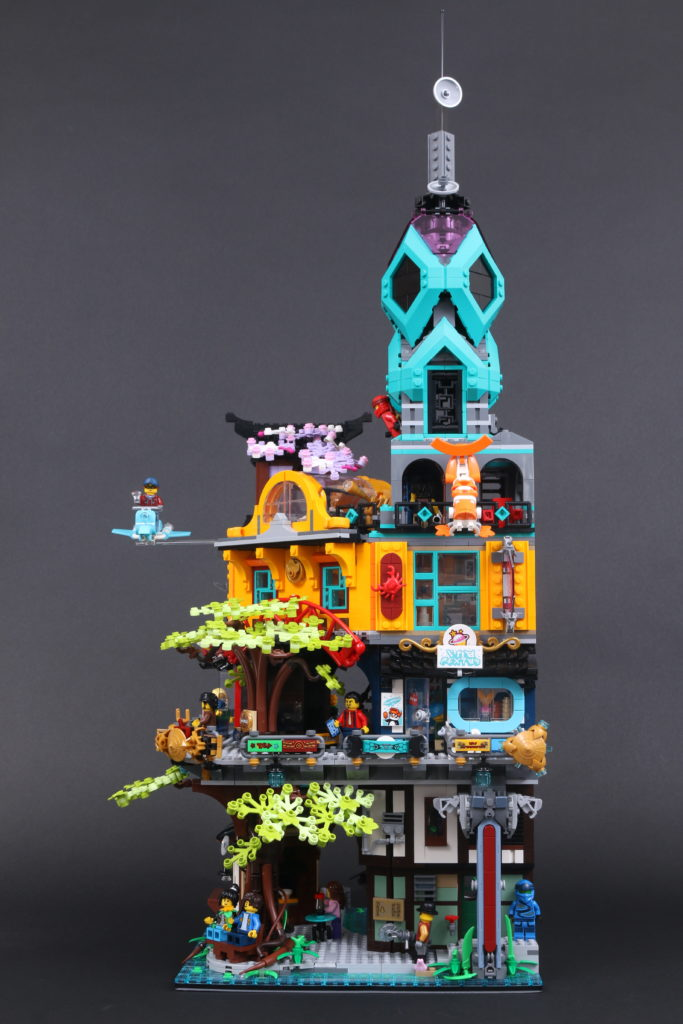 LEGO NINJAGO 71741 NINJAGO City Gardens review 10