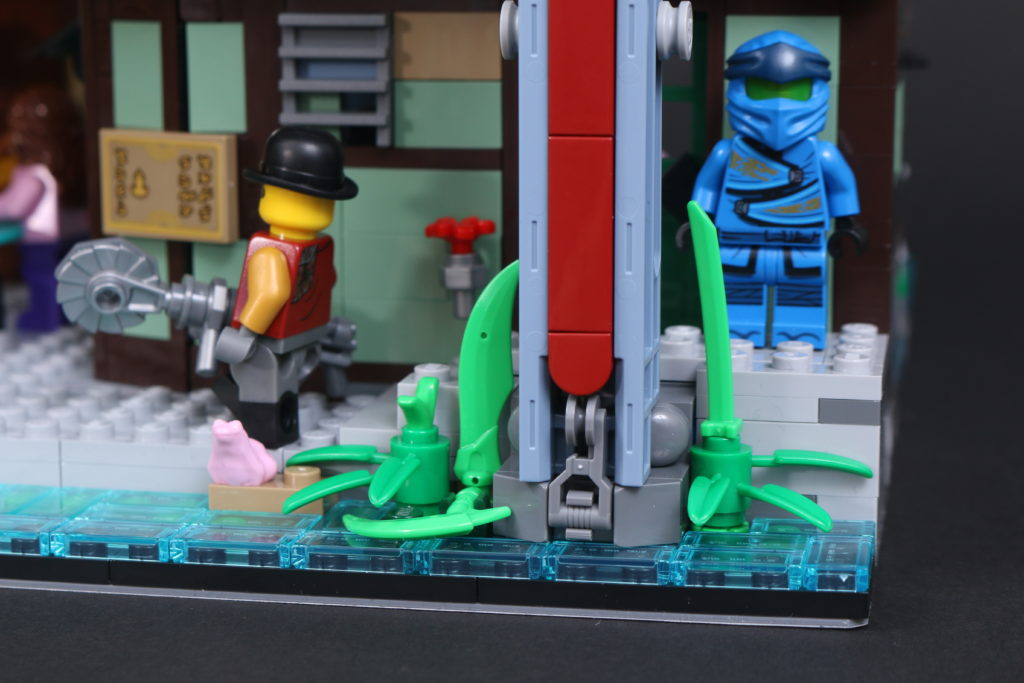 LEGO NINJAGO 71741 NINJAGO City Gardens Review 105