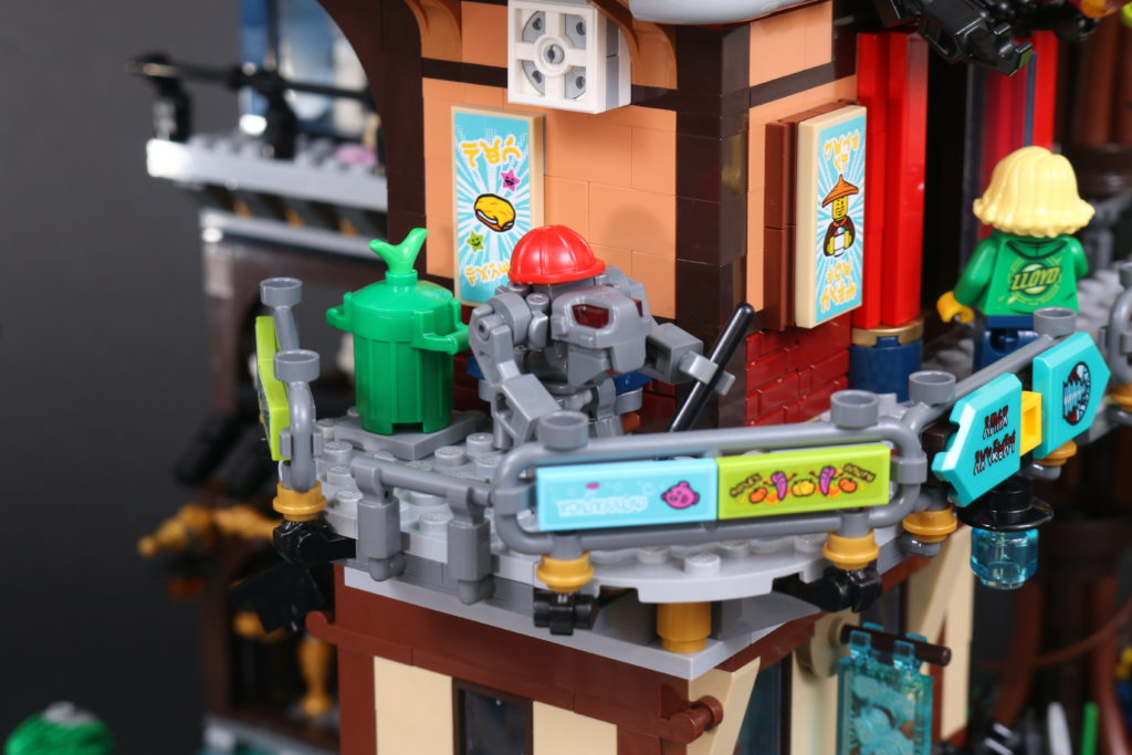 LEGO NINJAGO 71741 NINJAGO City Gardens Review 107