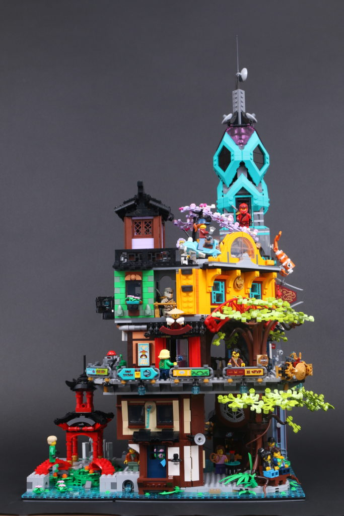 LEGO NINJAGO 71741 NINJAGO City Gardens Review 12