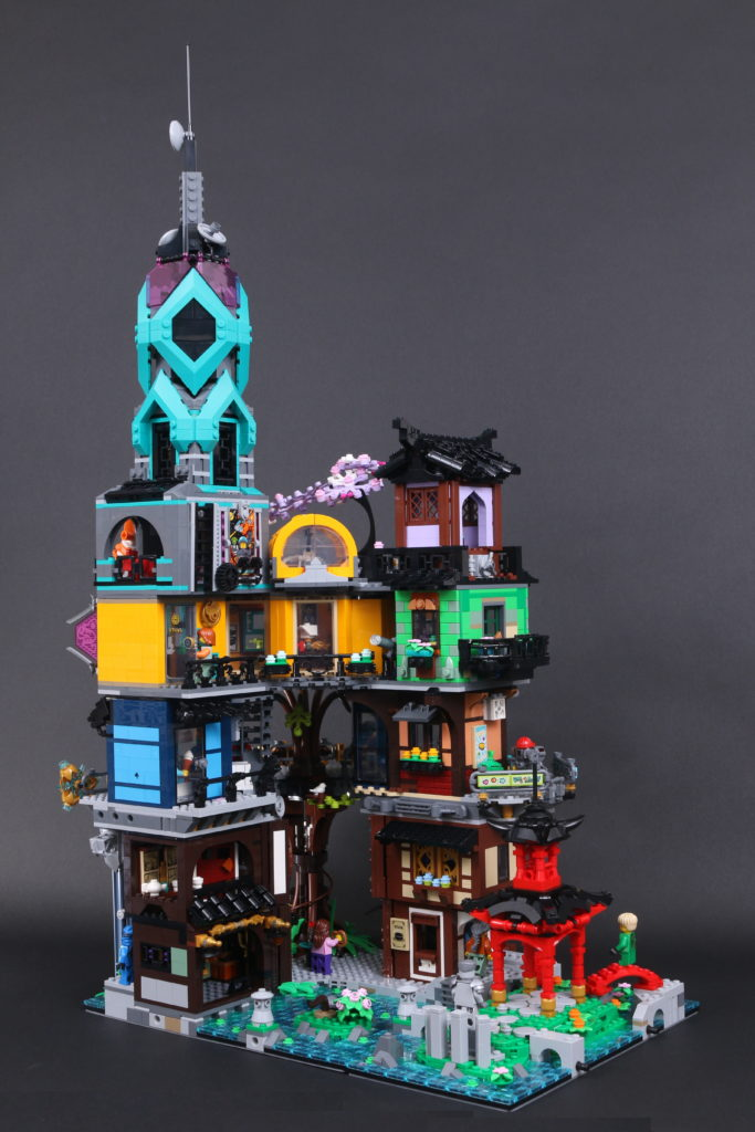 LEGO NINJAGO 71741 NINJAGO City Gardens Review 13