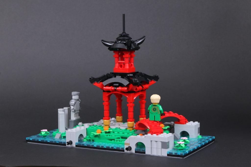 LEGO NINJAGO 71741 NINJAGO City Gardens review 17