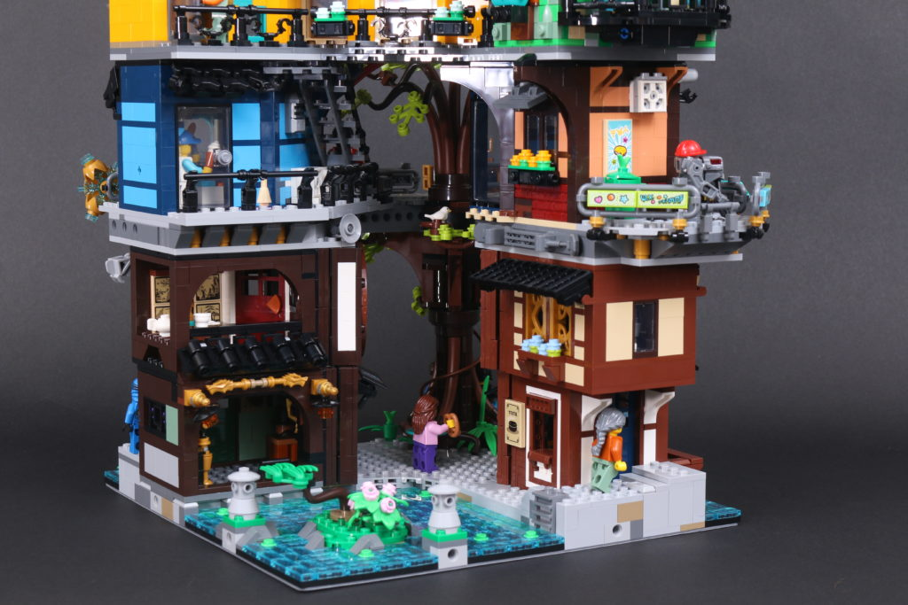 LEGO NINJAGO 71741 NINJAGO City Gardens review 23