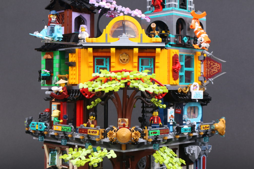 LEGO NINJAGO 71741 NINJAGO City Gardens Review 26