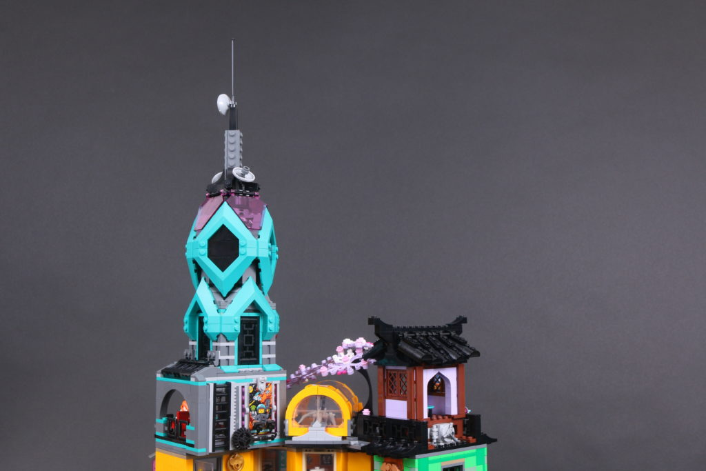 LEGO NINJAGO 71741 NINJAGO City Gardens Review 28