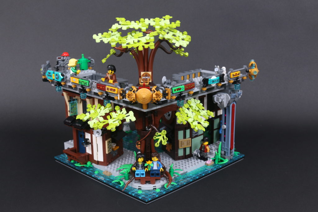 LEGO NINJAGO 71741 NINJAGO City Gardens Review 62