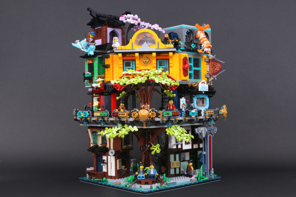 LEGO NINJAGO 71741 NINJAGO City Gardens review 95