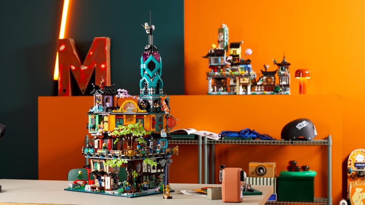 LEGO NINJAGO 71741 Ninjago City Gardens Lifestyle 1 Resized Featured