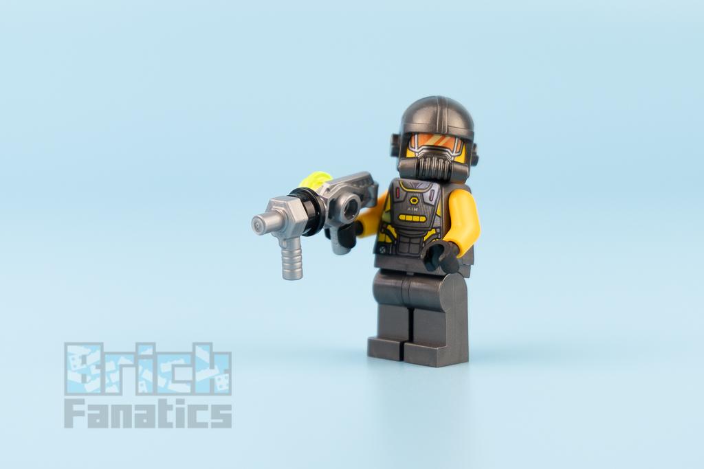 LEGO NINJAGO 76142 Avengers Speeder Bike Attack 26