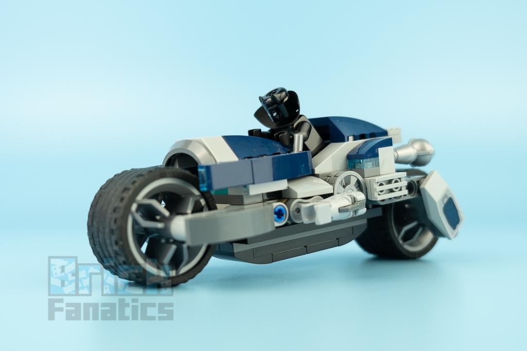 LEGO NINJAGO 76142 Avengers Speeder Bike Attack 4
