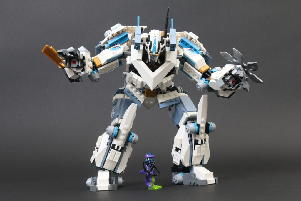 LEGO NINJAGO Legacy 71738 Zanes Titan Mech Battle Review 16