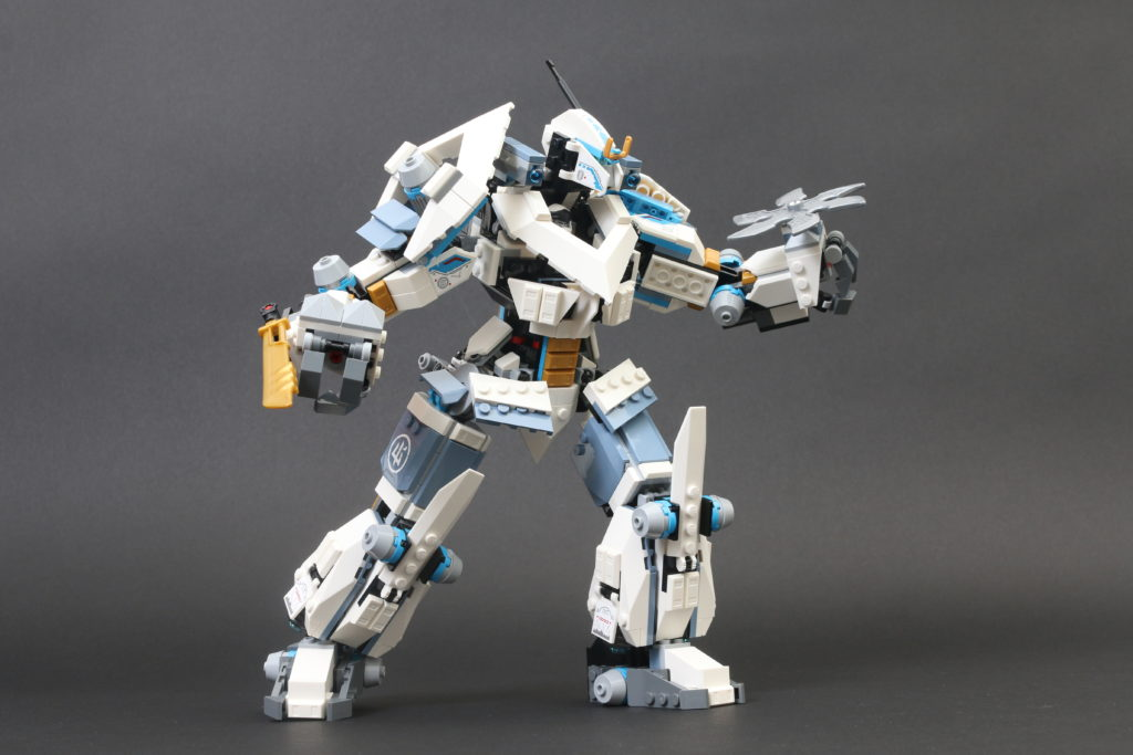 LEGO NINJAGO Legacy 71738 Zanes Titan Mech Battle Review 18