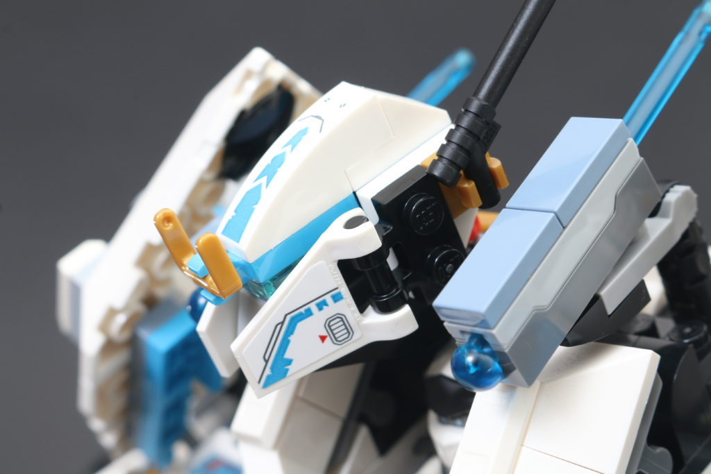 LEGO NINJAGO Legacy 71738 Zanes Titan Mech Battle Review 21