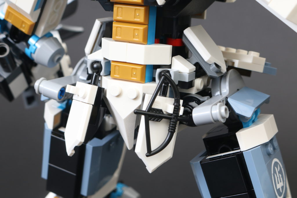 LEGO NINJAGO Legacy 71738 Zanes Titan Mech Battle Review 25