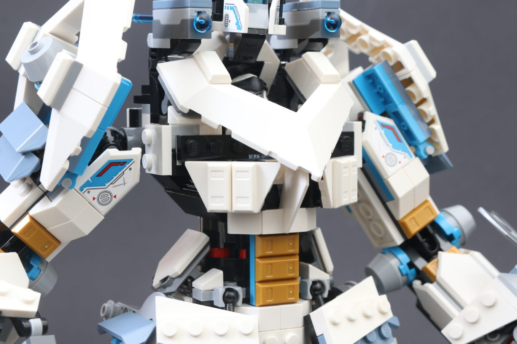 LEGO NINJAGO Legacy 71738 Zanes Titan Mech Battle Review 27