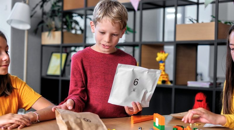 LEGO Paper bags featured 2