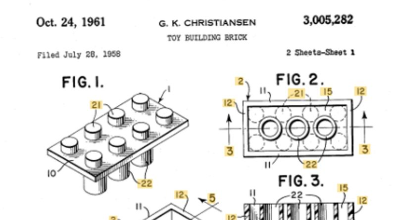 LEGO Patent US October 24 1961 featured