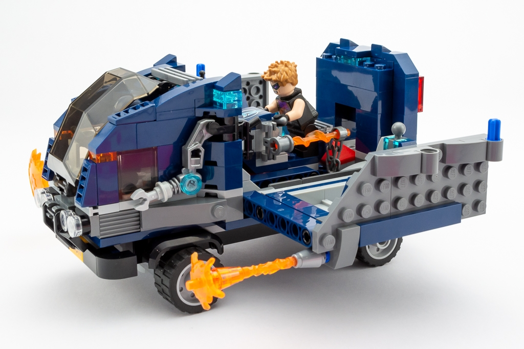 LEGO Review Avengers Truck Take Down 09