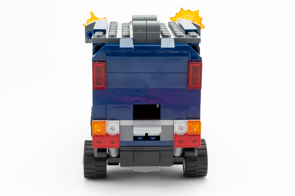 LEGO Review Avengers Truck Take Down 14