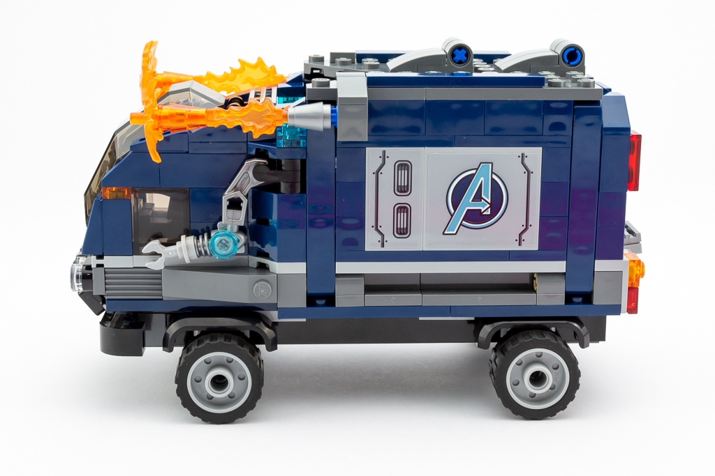 LEGO Review Avengers Truck Take Down 16