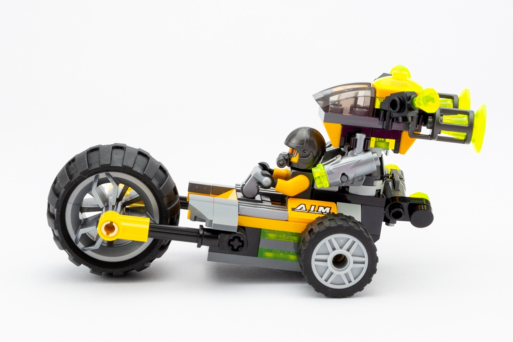 LEGO Review Avengers Truck Take Down 21