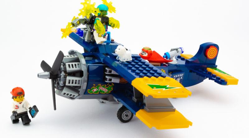 LEGO Review El Fuegos Stunt Plane 01