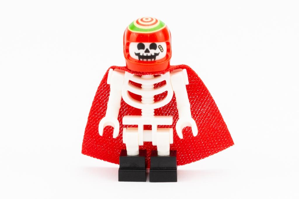 LEGO Review El Fuegos Stunt Plane 08