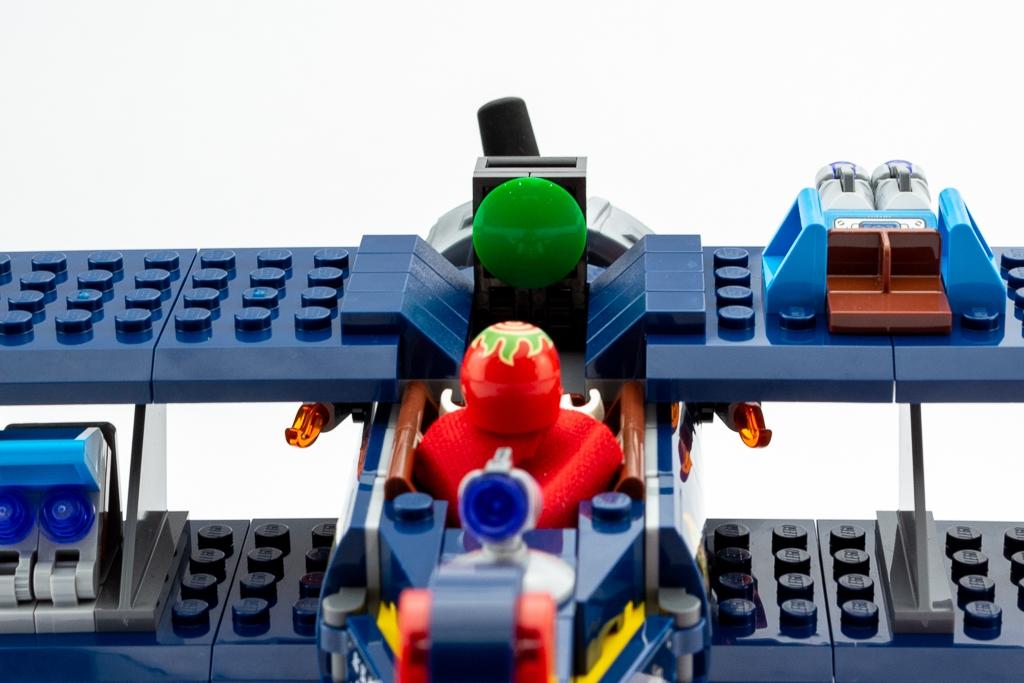 LEGO Review El Fuegos Stunt Plane 11