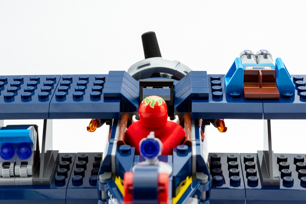 LEGO Review El Fuegos Stunt Plane 12