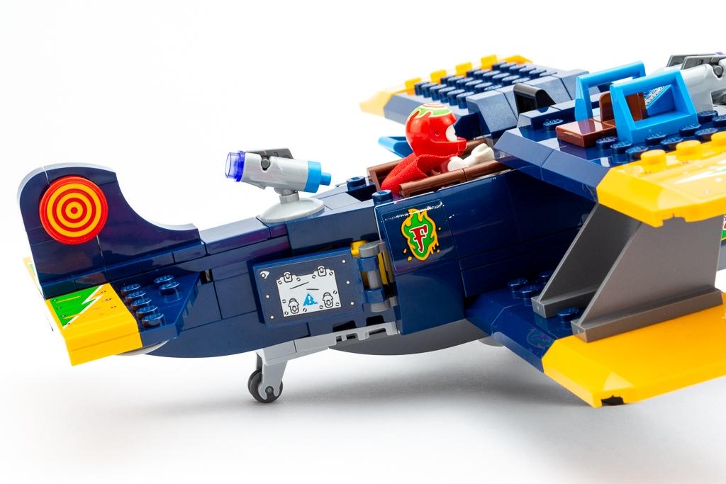 LEGO Review El Fuegos Stunt Plane 13