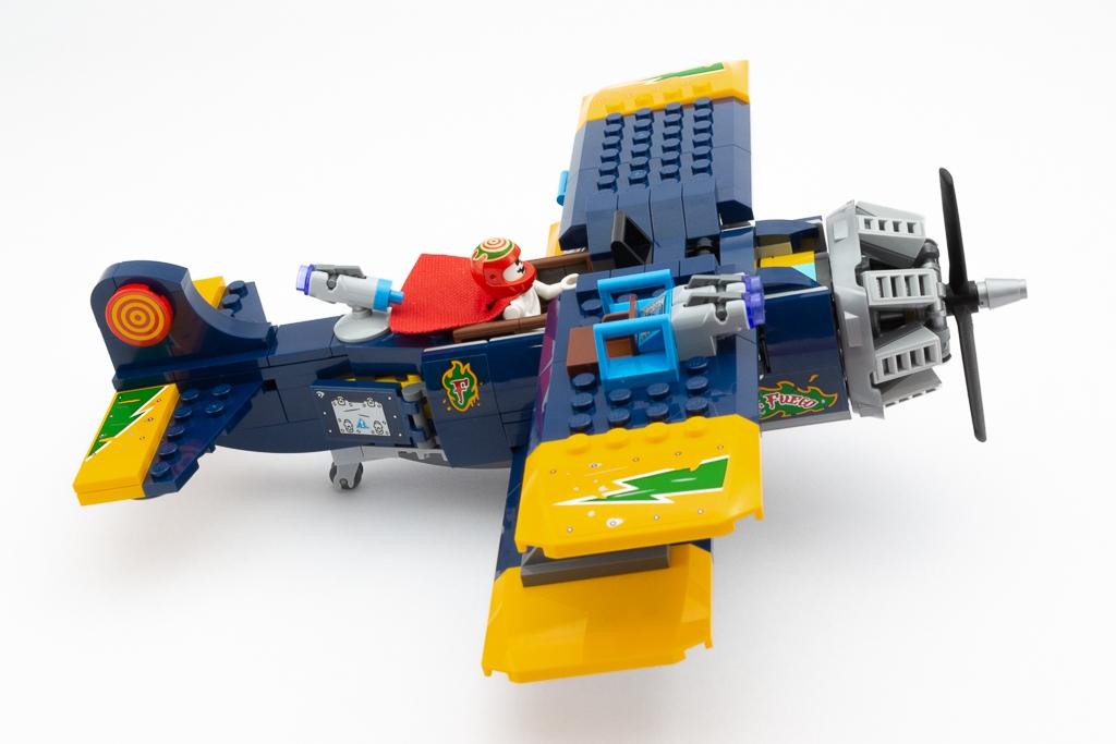 LEGO Review El Fuegos Stunt Plane 20