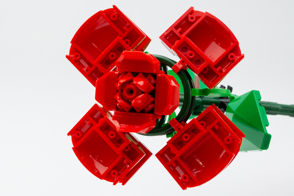 LEGO Review Roses 02