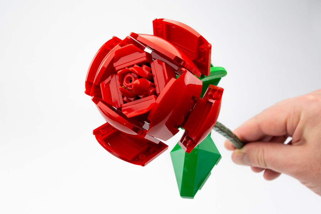 LEGO Review Roses 14