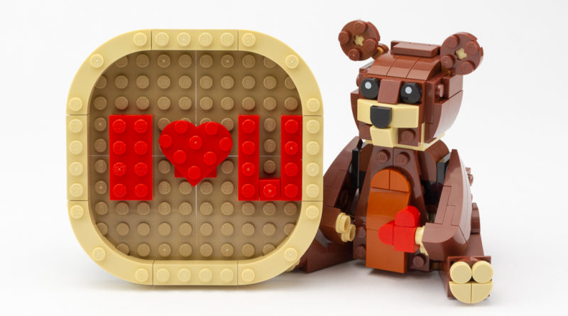 LEGO Review Valentines Brown Bear 01