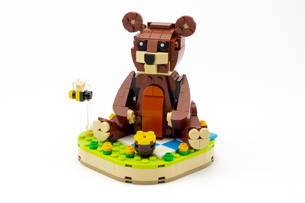 LEGO Review Valentines Brown Bear 04