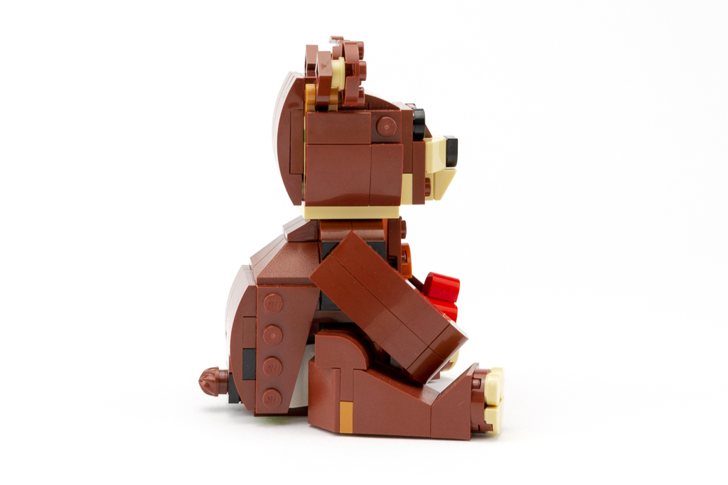 LEGO Review Valentines Brown Bear 10