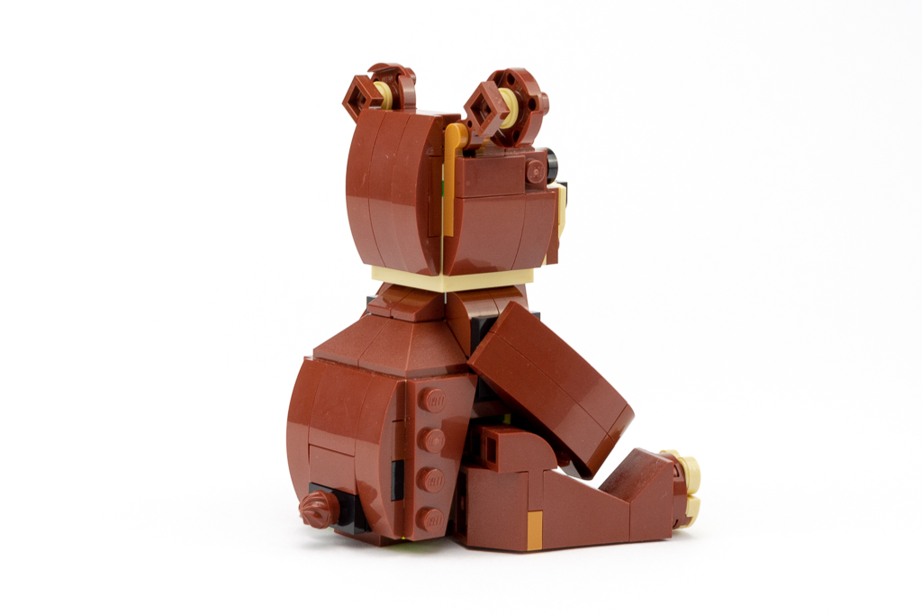 LEGO Review Valentines Brown Bear 11