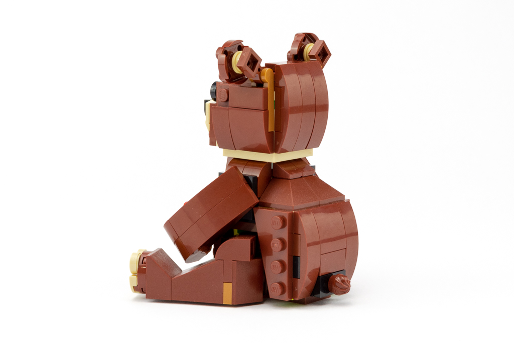 LEGO Review Valentines Brown Bear 12