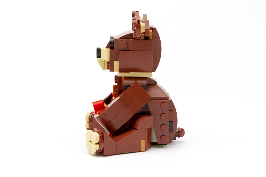 LEGO Review Valentines Brown Bear 15