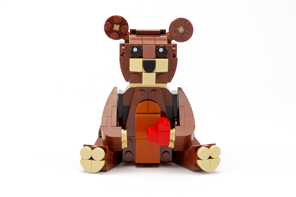 LEGO Review Valentines Brown Bear 17