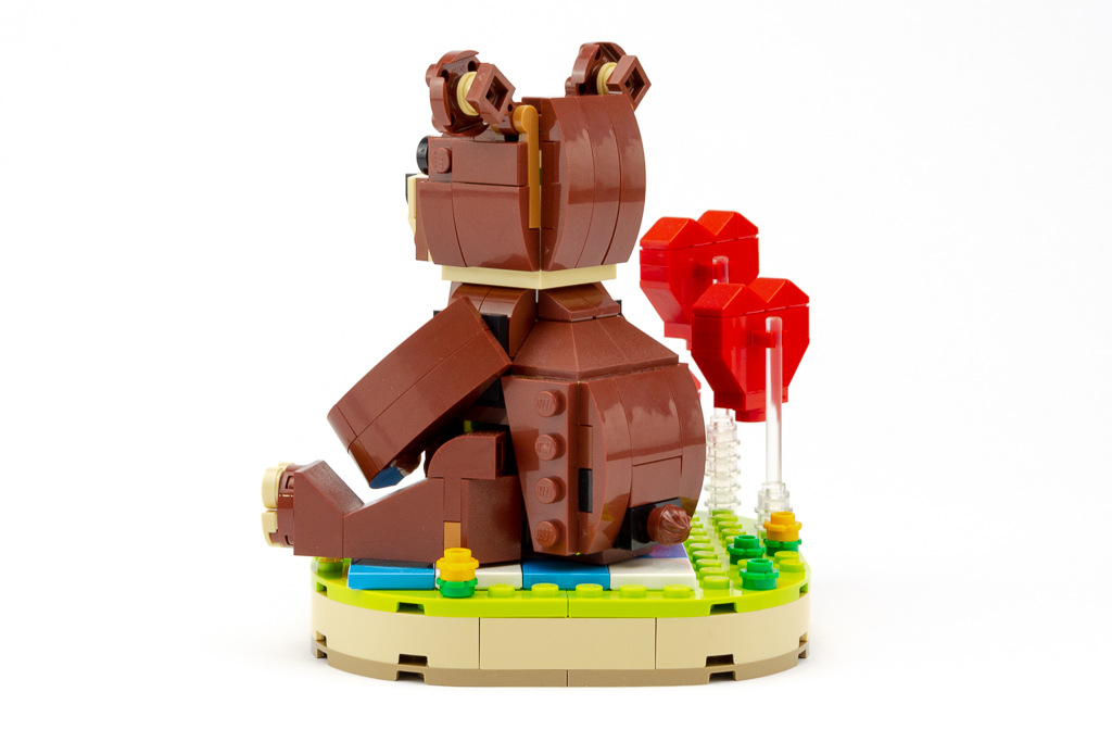 LEGO Review Valentines Brown Bear 22